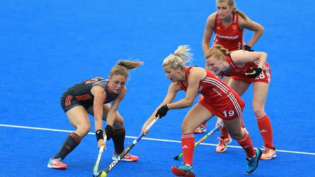 England's Sophie Bray (right) and Netherlands' Laura Nunnink battle for the ball during the Investec