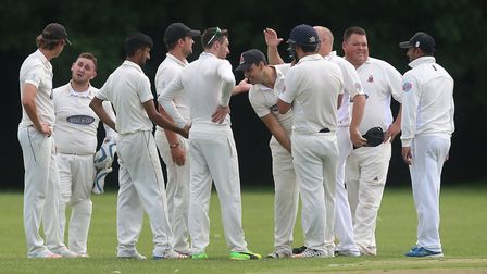 Hornchurch players celebrate a wicket (pic Gavin Ellis/TGS Photo)