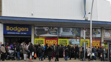 The queue outside Bodgers on Tuesday, November 14. Picture: Dharam Sahdev