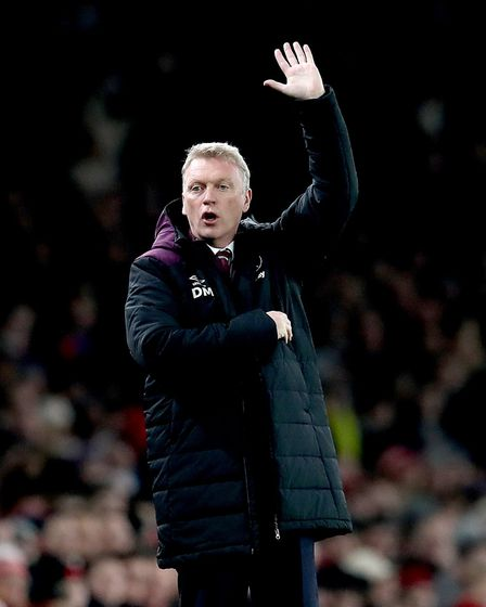 West Ham United manager David Moyes gestures on the touchline during the Carabao Cup Quarter Final a