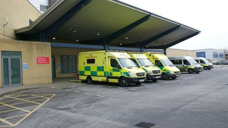 In December, 885 of the trusts patients had to spend between half an hour and an hour waiting in an