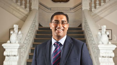Mouhssin Ismail has been shortlisted for the TES Further Education (FE) Leader of the Year Award. Pi