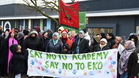Teachers protest over the Avenue Primary School becoming an academy