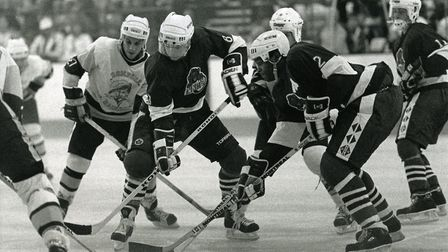 Gord Jeffrey in action for Romford Raiders at Rom Valley Way