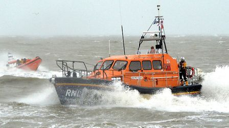 The Patsy Knight lifeboat gives a demonstration of lifesaving with Southwold inshore lifeboat the An