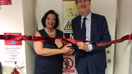 From left: MPs Lyn Brown and Stephen Timms unveil Newham University Hospital's new £1m MRI scanner.