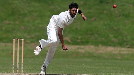 Khalid Sarwar in bowling action for Old Brentwoods (pic Gavin Ellis/TGS Photo)