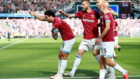 West Ham United's Felipe Anderson celebrates scoring his side's first goal of the game with his team