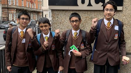 St Bon's winning team beat 12 other schools to win the Salters� festival of chemistry at University