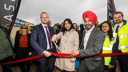 Council leader Cllr Jas Athwal and cabinet member for housing and homelessness Cllr Farah Hussain we