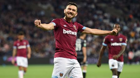 West Ham United's Robert Snodgrass celebrates scoring his side's sixth goal of the game during the C