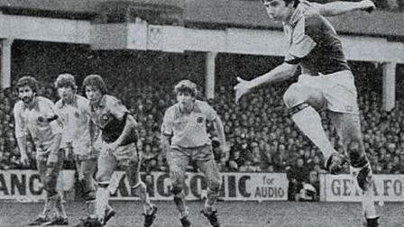 Ray Stewart scores from the spot