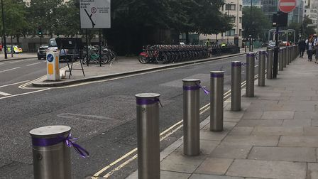 Purple ribbons in memory of Jodie have been displayed around the Old Bailey for the start of the tri