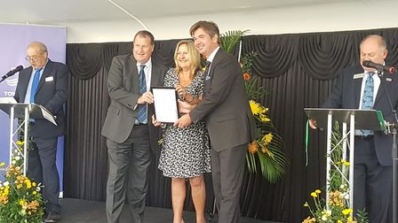 Councillor Barry Mugglestone and Councillor Stephanie Nunn being presented with a gold accredited aw