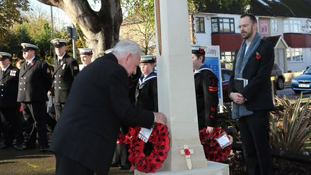 Councillor Brian Eagling lays a wreath at the Harold Wood Remembrance Day service on Sunday, Novembe