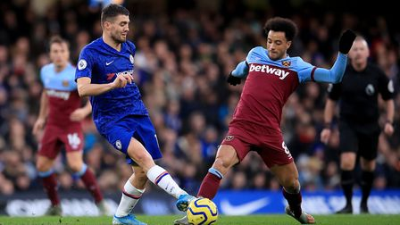 Chelsea's Mateo Kovacic (left) and West Ham United's Felipe Anderson (right) battle for the ball dur