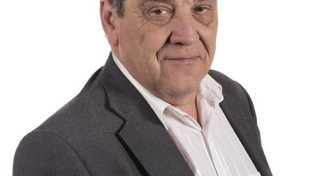 Councillor Bob Perry announced on Wednesday, February 26 he was resigning the Conservative whip to s