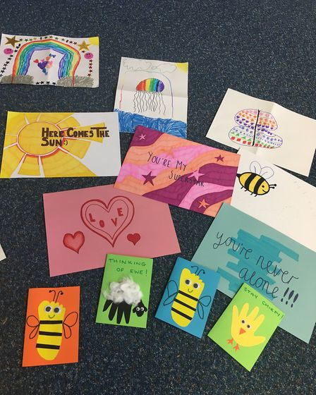 The service has children send in positive messages which are included alongside food bank parcels fo