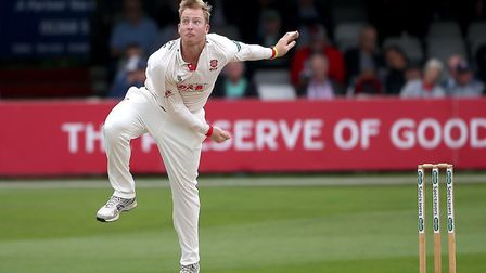 Simon Harmer in bowling action for Essex during Essex CCC vs Surrey CCC, Specsavers County Champions