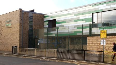 Elmhurst Primary School has confimed two members of staff and a child have tested postive for Covid-