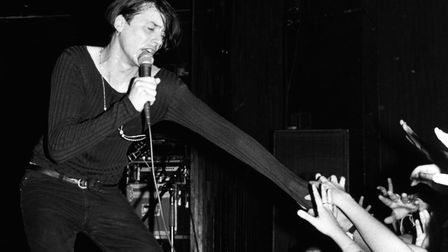 UNITED STATES - DECEMBER 15: Photo of Brett ANDERSON and SUEDE; Brett Anderson (Photo by Ebet Robe
