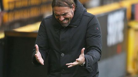 Daniel Farke shows his frustration after Norwich City slipped to another 1-0 Championship defeat aga