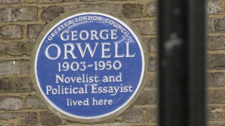 The George Orwell blue plaque at 77 Parliament Hill
