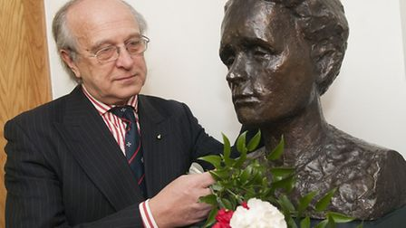 Marek Stella-Sawicki, chairman of Polish Heritage Society, pictured with the Marie Curie bust. Pictu