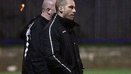 Wingate manager Gary Meakin (right)