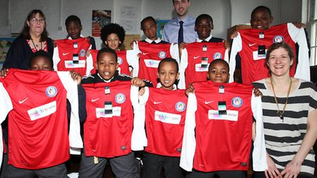 Gainsborough Primary schoolchildren receive a brand new football kit from Vision Teaching UK.