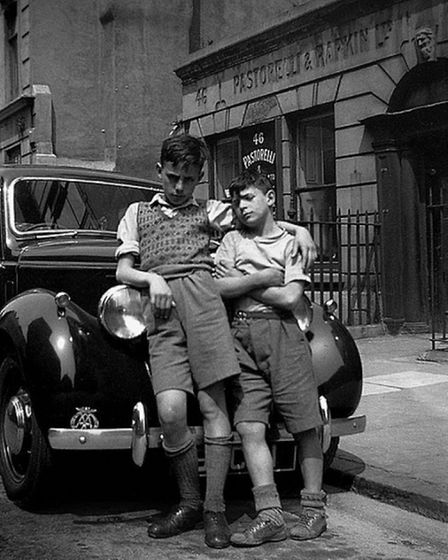 Raymond Scalionne and Razzi Tuffano in Hatton Garden, London in the late 1940s, an area known as Lit