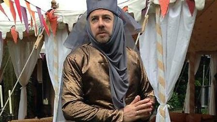 Jonathan Ross gets into the spirit of things at his wife's Game of Thrones themed birthday party. Pi