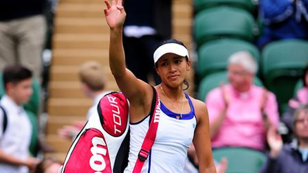 Anne Keothavong waves to the crowd