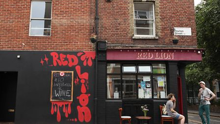 The Red Lion pub, Hoxton Street.
