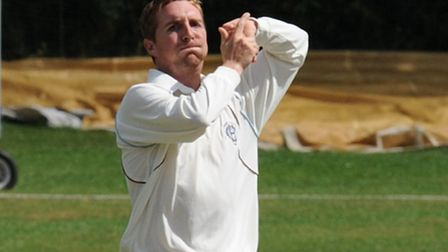 Tom Smith bowls for Hampstead