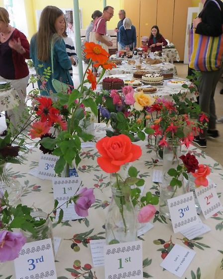 Flower submissions at the De Beauvoir Gardeners' Show, photo Paul Bolding