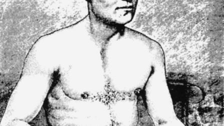Heavyweight boxing champion Tom Sayers