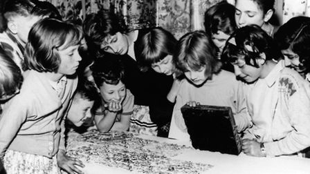 Children at the Geffrye Museum, c1940. Credit: Geffrye Museum of the Home/Copyright holder
