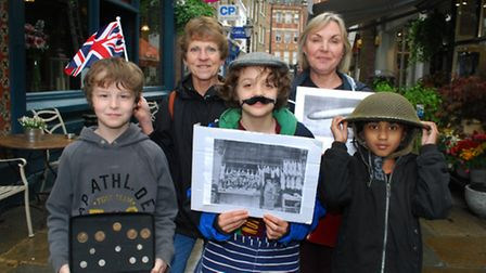 Year 4 students from New End Primary School take a local history tour through the streets of Hampste