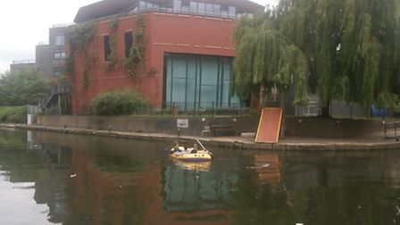 A lone dinghy in Haggerston on Saturday. Photo Ian Shacklock, Friends of Regents Canal.