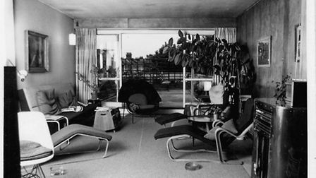 Jack and Molly Pritchard's flat in the Isokon Building in Lawn Road , with furniture by Marcel Breue