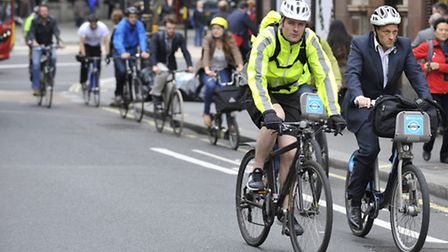 Cycle commuting in central London