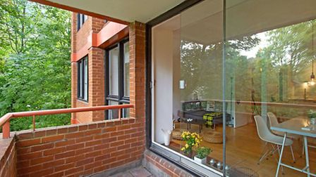 One bedroom flat on Hornsey Lane, N6. Available for rent through Goldschmit-Howland for �325 per wee