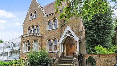 Two bedroom flat in Crescent Road N8. Available through Greene & Co for £500,000
