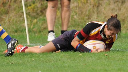 Lilly Hunt scored five tries for Hampstead's ladies. Pic: Paolo Minoli