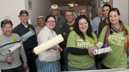 Volunteers from Golders Green Synagogue decorating at Marie Curie Hampstead Hospice Hospice for Mit