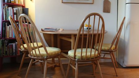 Ercol Quaker Windsor chairs around the Ercol dining table in the kitchen/dining room