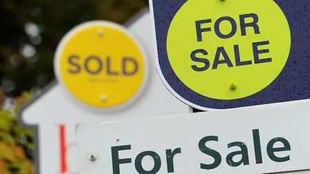 London property prices face 5% fall in 2015