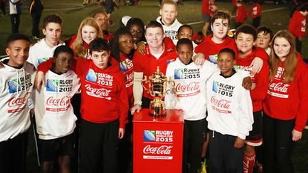 Hackney Bulls youngsters with Brian O'Driscoll and the Rugby World Cup at the Petchey Academy, Shack