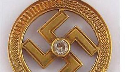 Swastika pendant is being auctioned at Hampstead Auctions
